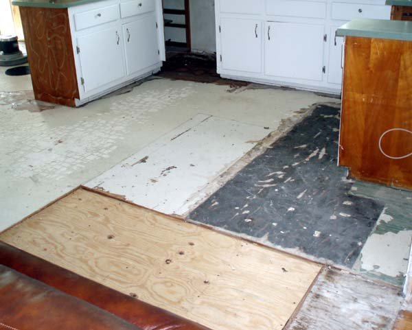 Plywood Substrate in a kitchen